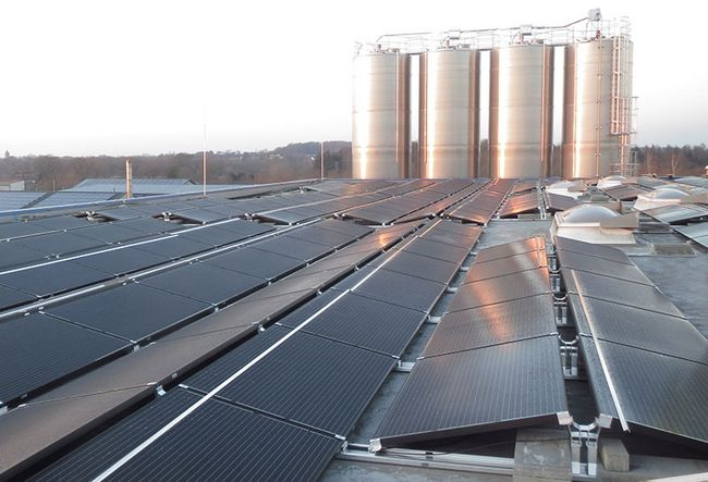 [Translate to Spanisch:] Photovoltaik Gewerbe Hohenwestedt 985 kWp